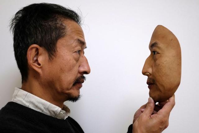 Nhật Bản nghiên cứu chế tạo mặt nạ in 3D y như người thật - Ảnh 2.
