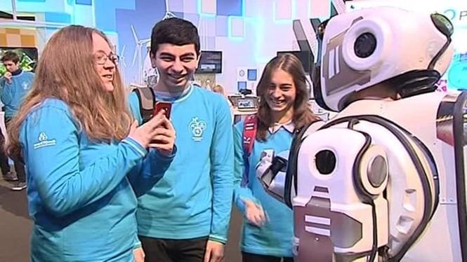 Siêu robot của Nga bị tố là đồ giả - ảnh 2