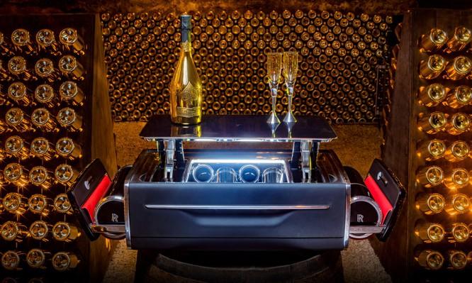 Hộp đựng sâm banh Rolls-Royce đắt hơn xe BMW ảnh 4