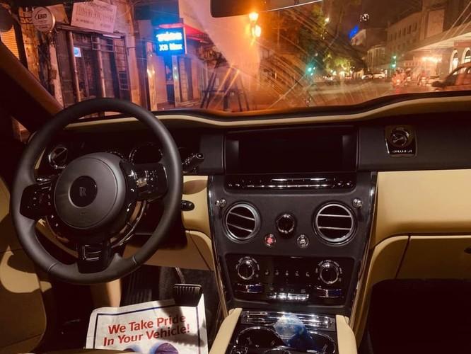 1 tháng 3 siêu xe Rolls-Royce Cullinan giá 45 tỷ về Hà Nội ảnh 1