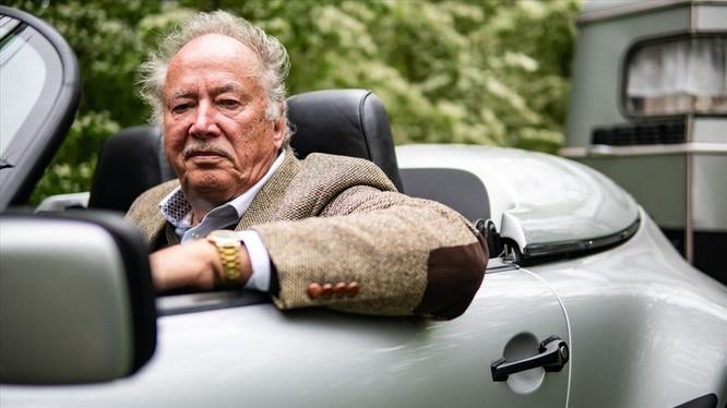 """Chuyện lạ: Độ xế Porsche cổ 30 năm tuổi để gắn thêm """"nhà mini"""" đằng sau ảnh 4"""