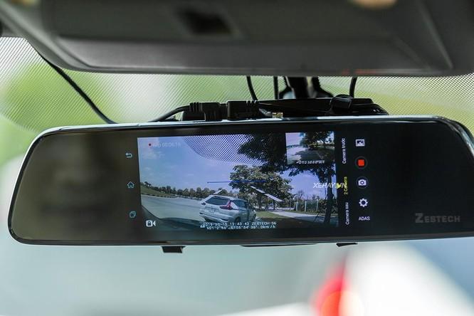 """Camera hành trình - """"Bùa hộ mệnh"""" không thể thiếu trên xe hơi ảnh 2"""