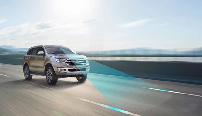 Những công nghệ hỗ trợ giúp người cao tuổi lái xe an toàn ảnh 2