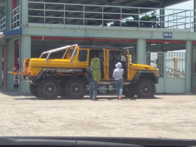 Mercedes-Benz G63 AMG 6x6 bất ngờ xuất hiện tại Việt Nam ảnh 1