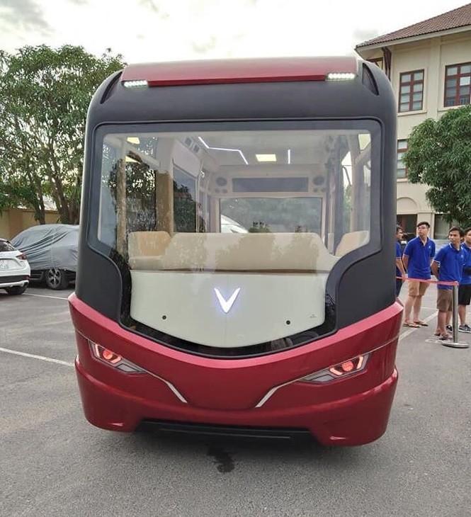 Lộ diện xe buýt VinFast với kiểu dáng độc lạ ảnh 1