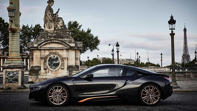 BMW ra mắt i8 và i3s phiên bản bóng đêm ảnh 1