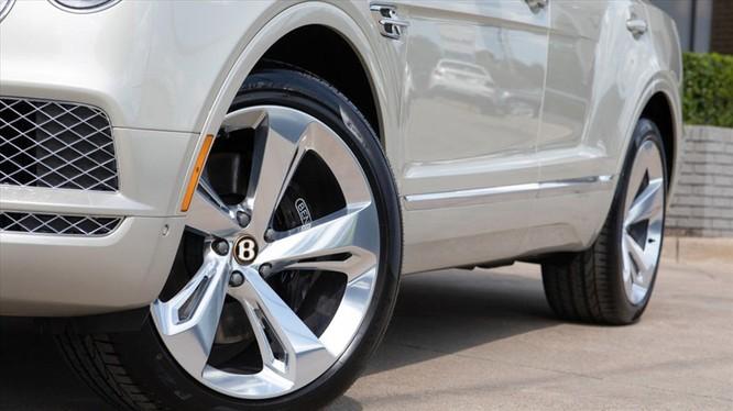 Bentley sản xuất xe hơi dành riêng cho người yêu thích phong cách cao bồi ảnh 1
