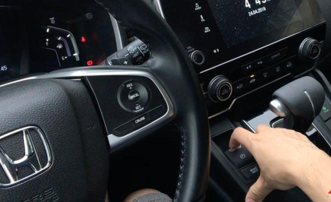 Những điều chưa biết về phanh tay điện tử trên ô tô ảnh 2
