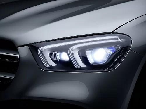 Mercedes-Benz trình làng hai mẫu SUV tại VMS 2019 ảnh 1