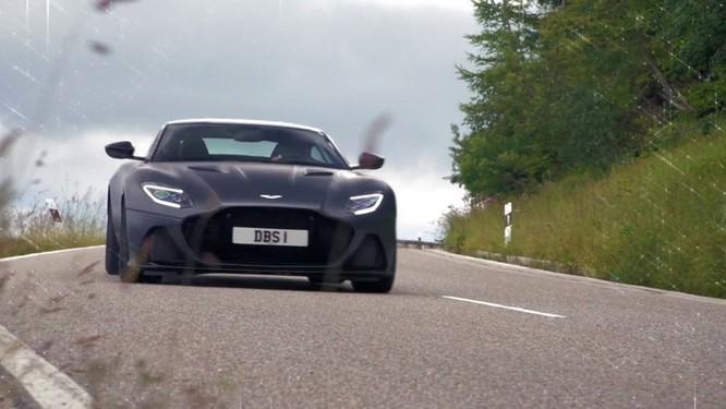 Điệp viên 007 tự tay tạo ra mẫu siêu xe phiên bản đặc biệt ảnh 1