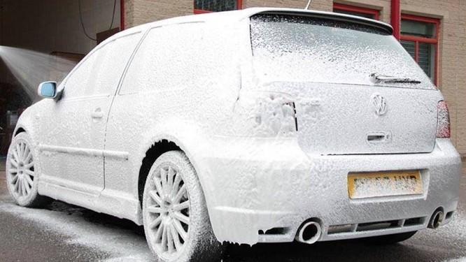 Công nghệ rửa xe không chạm sẽ thay thế cách rửa xe truyền thống? ảnh 2