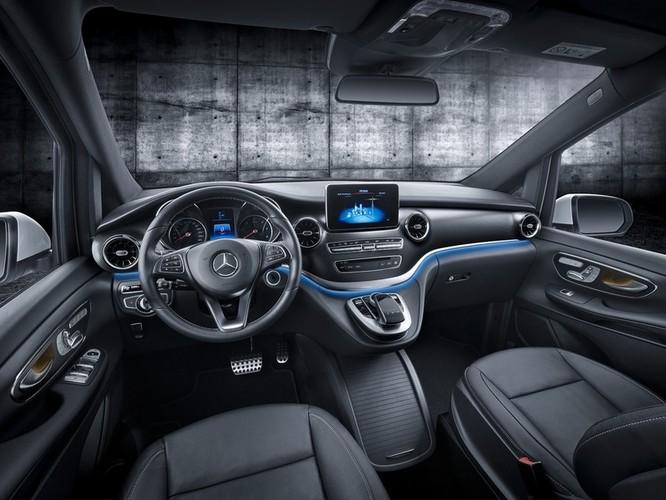 """""""Soi"""" MPV hạng sang Mercedes-Benz V-Class 2020 giá 2,57 tỷ đồng ảnh 6"""