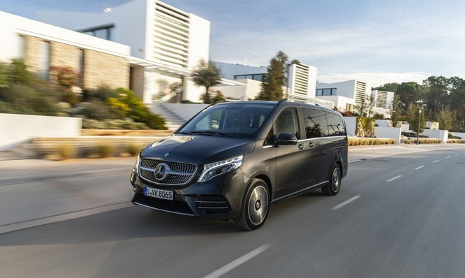 """""""Soi"""" MPV hạng sang Mercedes-Benz V-Class 2020 giá 2,57 tỷ đồng ảnh 5"""