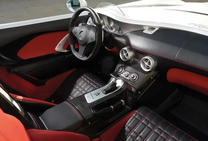 Đi được hơn 500km, siêu xe Mercedes-Benz vẫn rao bán 2,55 triệu USD ảnh 1
