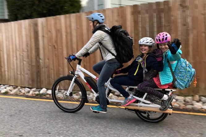 Xe đạp điện sẽ bán chạy hơn ôtô điện ảnh 1