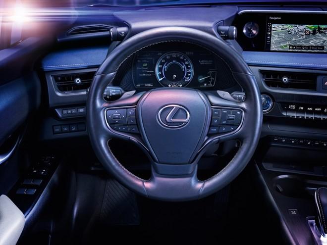 Lexus UX 300e - xe sang chạy điện mạnh 201 mã lực ảnh 2