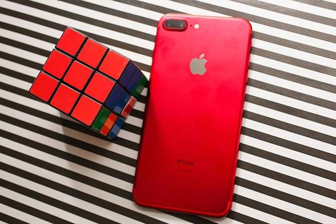 Chùm ảnh: Mở hộp và so sánh màu đỏ iPhone 7 ảnh 12