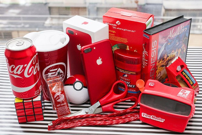 Chùm ảnh: Mở hộp và so sánh màu đỏ iPhone 7 ảnh 16