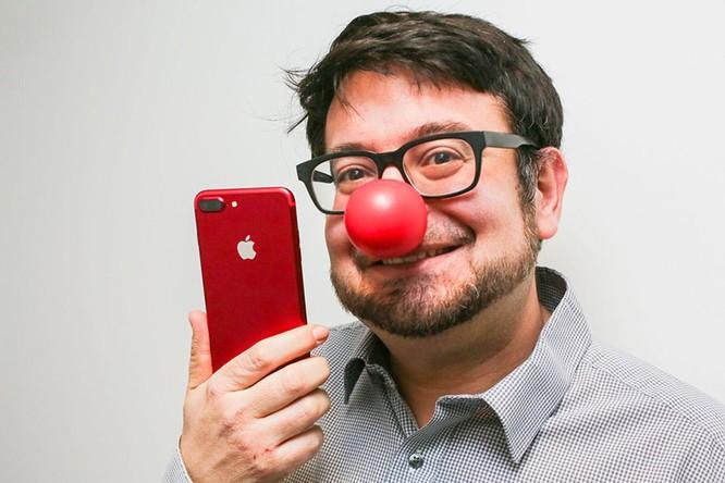 Chùm ảnh: Mở hộp và so sánh màu đỏ iPhone 7 ảnh 4