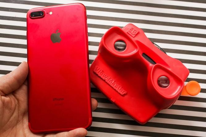 Chùm ảnh: Mở hộp và so sánh màu đỏ iPhone 7 ảnh 8
