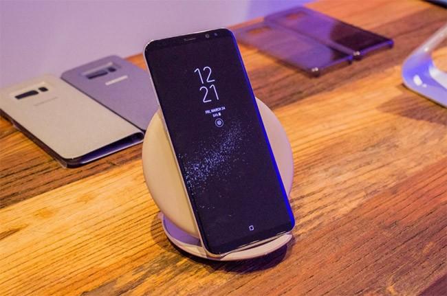 """10 tính năng trên Galaxy S8 mà iPhone phải """"chào thua"""" ảnh 4"""