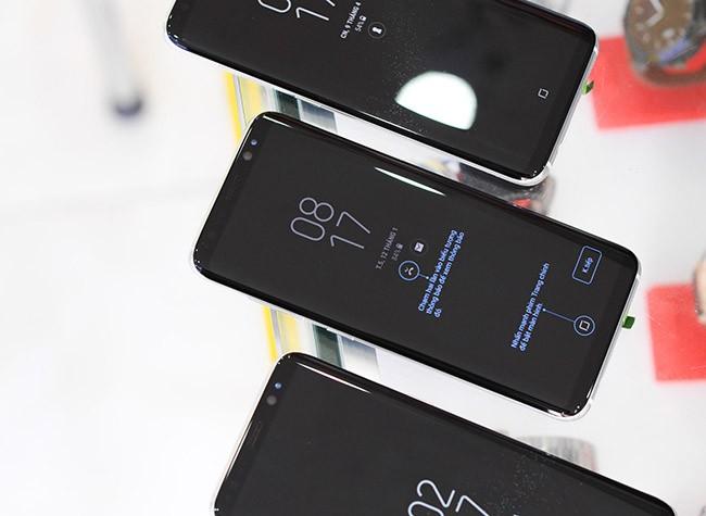 Galaxy S8 đã về Việt Nam theo đường xách tay ảnh 10