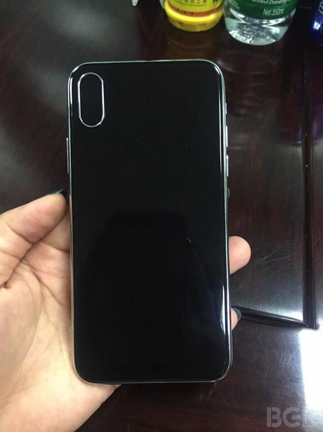Liệu iPhone 8 sẽ có hình dáng như thế này? ảnh 2