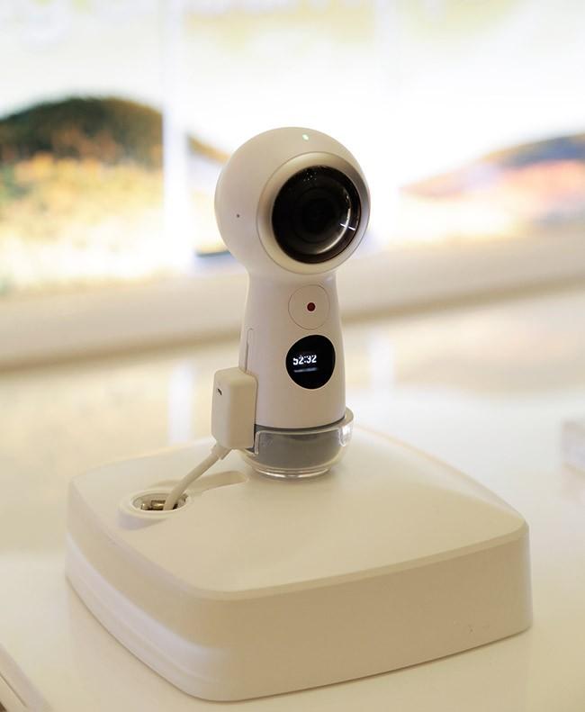 Giới trẻ Sài Thành háo hức trải nghiệm hệ sinh thái Samsung ảnh 7