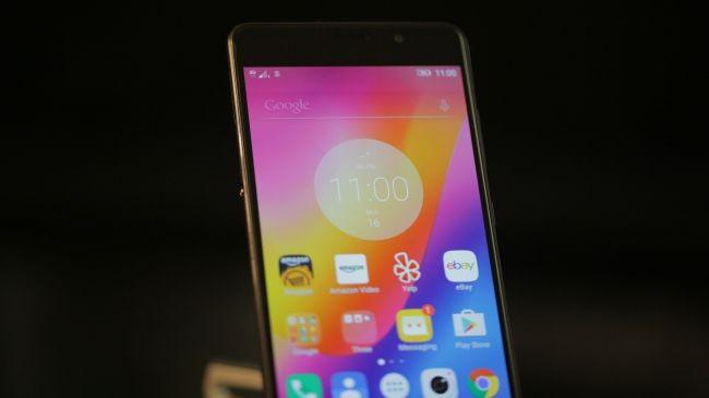 Đánh giá Lenovo P2: To và nặng, màn hình đẹp ảnh 1