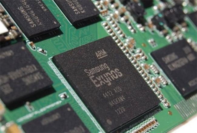 Tại sao Galaxy S9 lại sử dụng chip 8nm của Samsung và 7nm của Qualcomm? ảnh 1