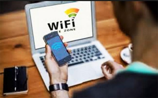 22.000 người đồng ý cọ rửa toilet để được truy cập Wi-Fi ảnh 1