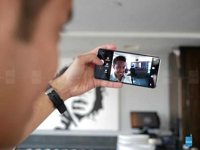 5 tính năng tuyệt vời nhất chỉ có trên LG V30 ảnh 1