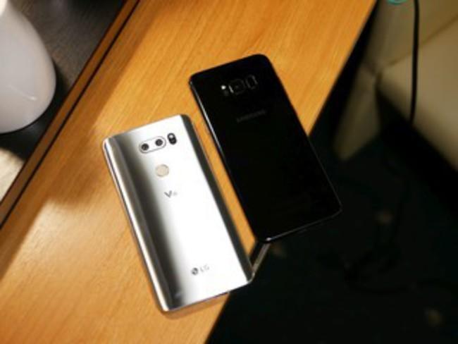 Đại chiến thiết kế Galaxy S8+ và LG V30: Bạn chọn siêu phẩm nào? ảnh 2