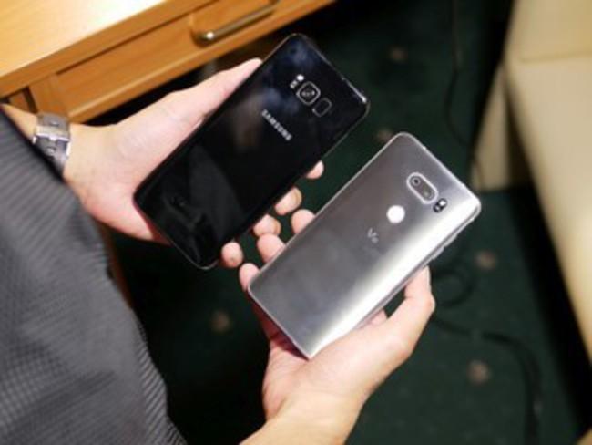 Đại chiến thiết kế Galaxy S8+ và LG V30: Bạn chọn siêu phẩm nào? ảnh 4