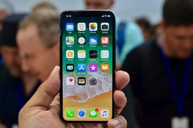 iPhone X – Tương lai của ngành công nghiệp smartphone ảnh 1