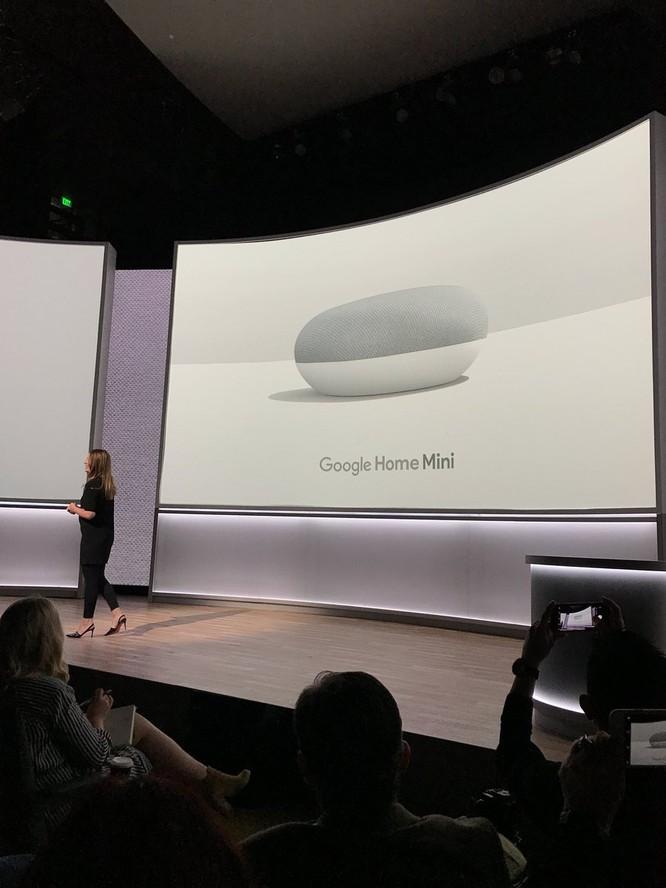 Google Pixel 2 và Pixel 2 XL đã ra mắt: công nghệ camera AR giống iPhone X, giá khởi điểm 649 USD và 849 USD ảnh 33