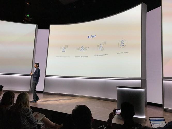 Google Pixel 2 và Pixel 2 XL đã ra mắt: công nghệ camera AR giống iPhone X, giá khởi điểm 649 USD và 849 USD ảnh 38