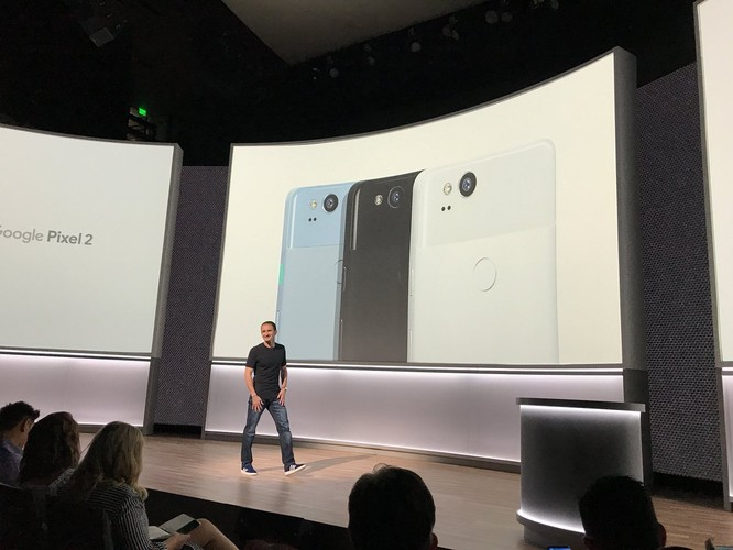 Google Pixel 2 và Pixel 2 XL đã ra mắt: công nghệ camera AR giống iPhone X, giá khởi điểm 649 USD và 849 USD ảnh 21