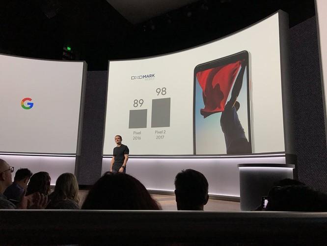 Google Pixel 2 và Pixel 2 XL đã ra mắt: công nghệ camera AR giống iPhone X, giá khởi điểm 649 USD và 849 USD ảnh 12