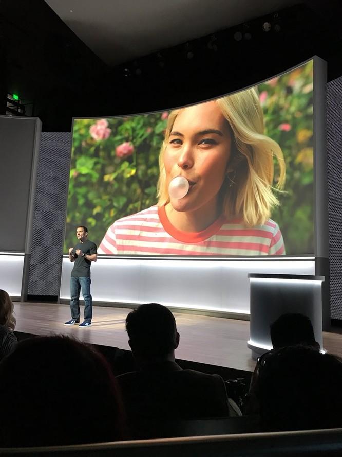 Google Pixel 2 và Pixel 2 XL đã ra mắt: công nghệ camera AR giống iPhone X, giá khởi điểm 649 USD và 849 USD ảnh 11