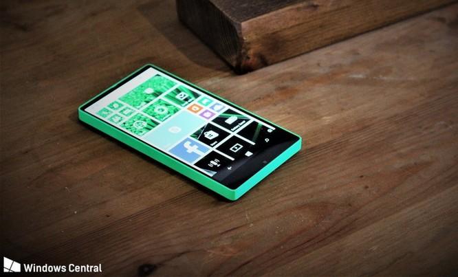 """Chiêm ngưỡng smartphone viền siêu mỏng """"suýt ra mắt"""" của Microsoft ảnh 1"""