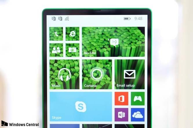"""Chiêm ngưỡng smartphone viền siêu mỏng """"suýt ra mắt"""" của Microsoft ảnh 3"""