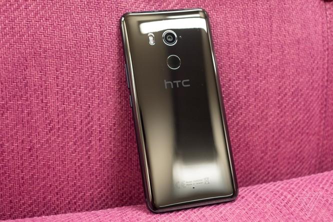 HTC chính thức trình làng U11+ ảnh 1