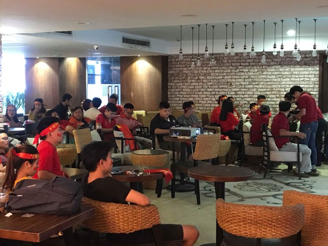Không khí trận bóng lịch sử của U23 Việt Nam: Chút tiếc nuối phút cuối ảnh 14