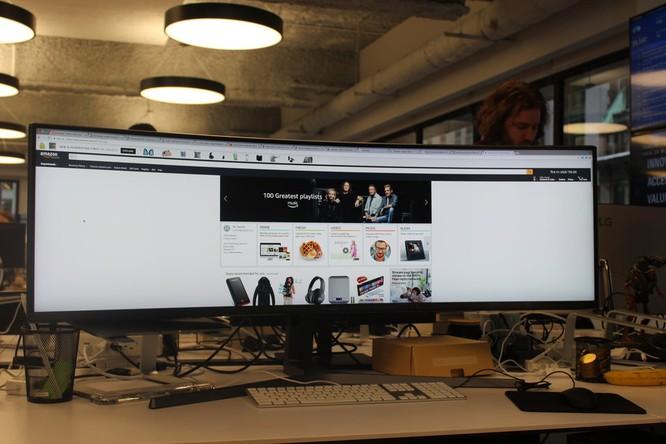 Website, YouTube và các ứng dụng sẽ hiển thị như thế nào trên màn hình siêu rộng này? ảnh 12
