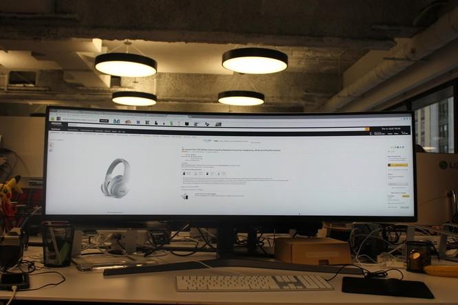Website, YouTube và các ứng dụng sẽ hiển thị như thế nào trên màn hình siêu rộng này? ảnh 13