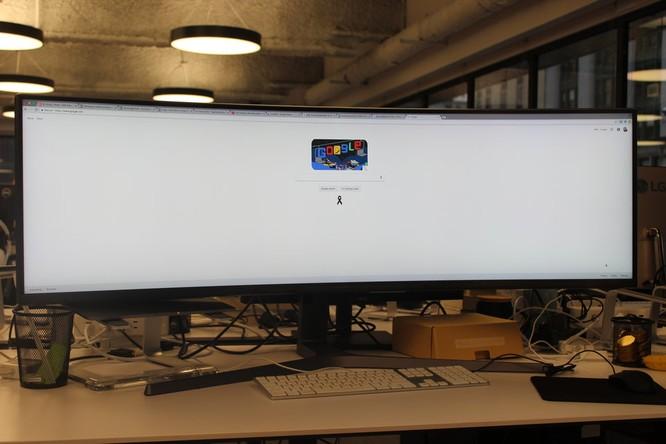 Website, YouTube và các ứng dụng sẽ hiển thị như thế nào trên màn hình siêu rộng này? ảnh 19