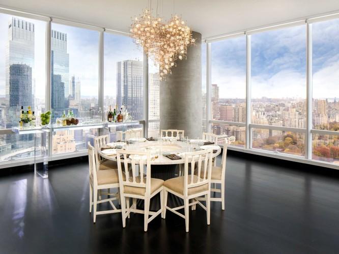 """""""Bật mí"""" danh tính người mua căn penthouse đắt nhất New York ảnh 13"""