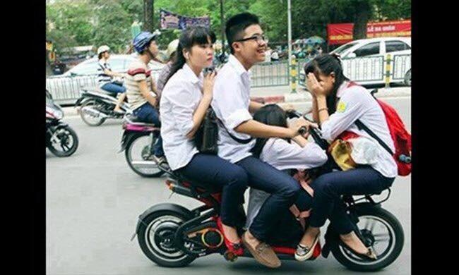 """Cười đau bụng với """"Người vận chuyển"""" phiên bản Việt Nam ảnh 6"""