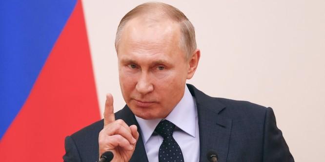 Tổng thống Putin follow 19 người trên Twitter, trong đó có một người đã chết cách đây 5 năm ảnh 2